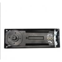 Доводчик для дверей весом до 120 кг. Угол фиксации 90°, максимальный угол открытия 116° в обе стороны.